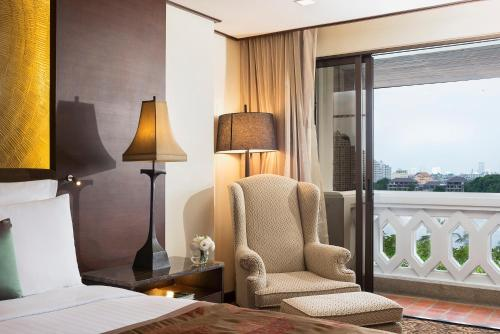 Anantara Riverside Bangkok Resort photo 18