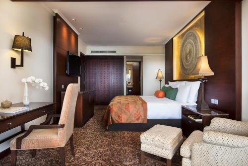 Anantara Riverside Bangkok Resort photo 19
