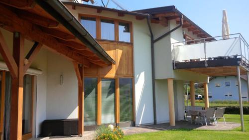 Haus Astrid, Pension in Keutschach am See