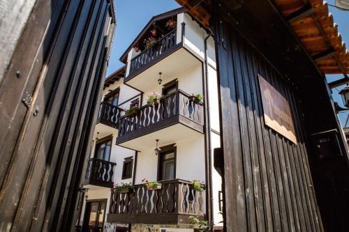 . Topalovi Guest House