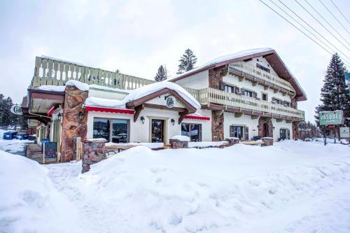 Vasquez Creek Inn - Fraser, CO 80482