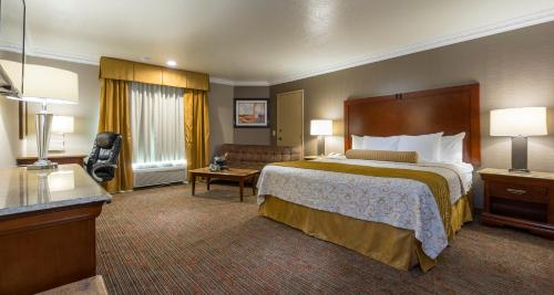 Best Western Plus Newport Mesa Inn - Costa Mesa, CA 92627
