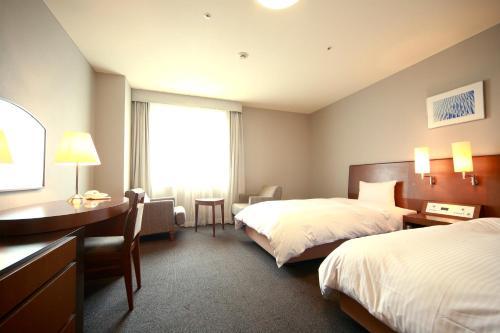 Hotel Brillante Musashino image