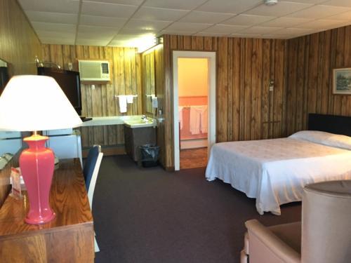 Knob Hill Motor Lodge