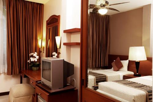 Special Offer - Superior Double or Twin Room - Check in after 20:00 hrs