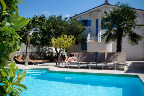 . Apartments Villa Pina