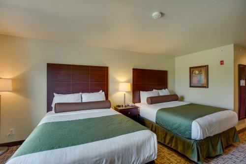 Cobblestone Inn and Suites - Clintonville - Accommodation