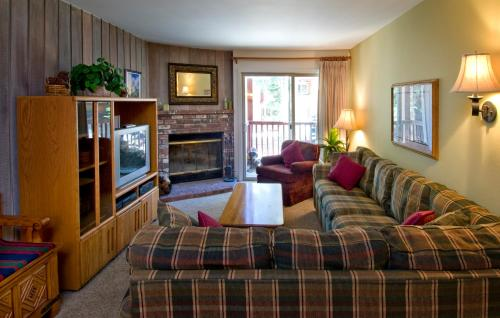Austria Hof Lodge - Mammoth Lakes, CA 93456