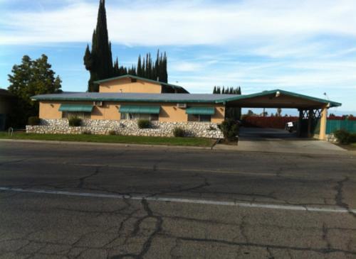 Townhouse Motel - Sanger, CA 93657