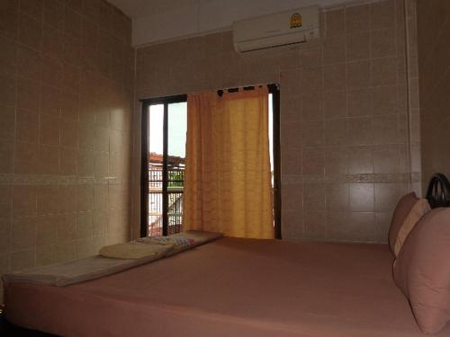 At Home Guest House photo 10