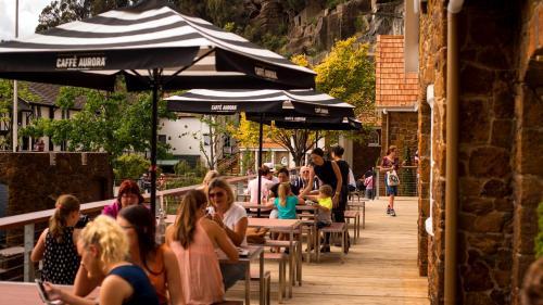 147 Paterson Street, Launceston, Tasmania 7250, Australia.
