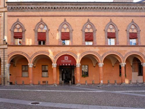 Via Santo Stefano, 16, 40125 Bologna BO, Italy.