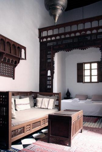 14 Derb Sbaa Louyate Fes Medina, Fes El Bali, 30020 Fès, Morocco.