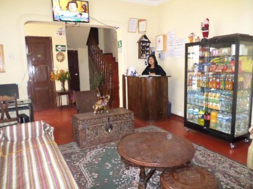 Hotel Hostal Intikahuarina