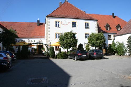 . Schlosswirt Etting