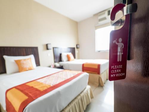 OYO 244 Family Hotel