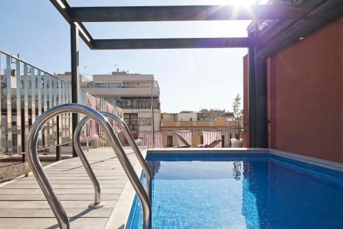 Apartment Barcelona Rentals - Pool Terrace in City Center impression