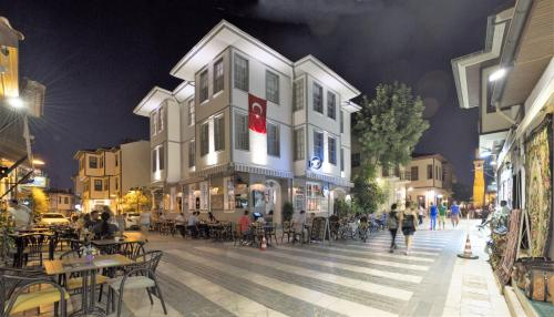 Antalya Luna Hotel Kaleiçi tek gece fiyat