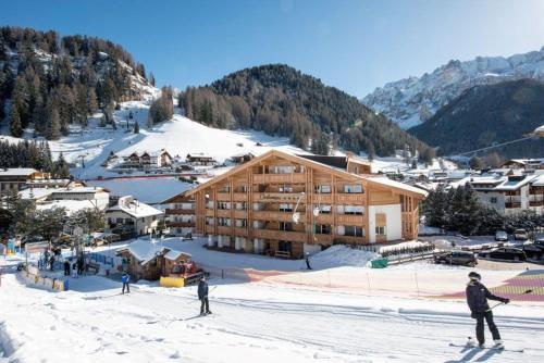 Hotel Garni Dolomieu Wolkenstein-Selva Gardena