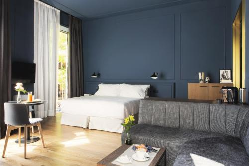 Junior Suite TÓTEM Madrid, a Small Luxury Hotel of the World 25