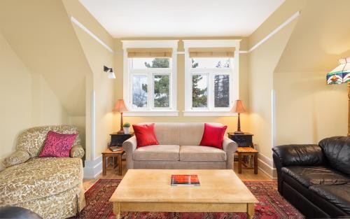 . Apartments at Cadder House