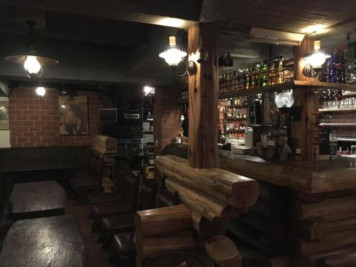 Hunter Lodge image