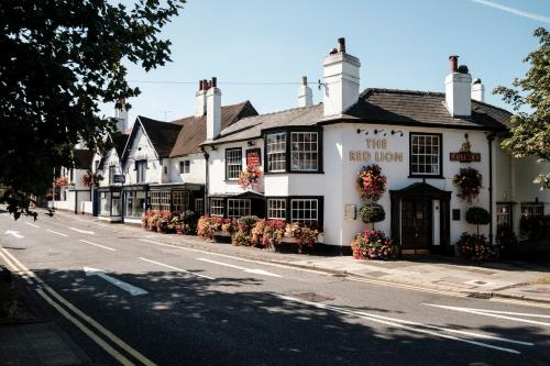 . The Red Lion Hotel