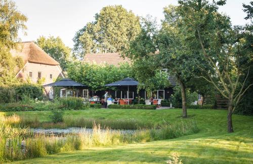 . De Loohoeve - Restaurant & Hotel
