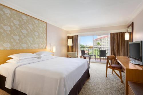 Hilton Guam Resort & Spa room photos