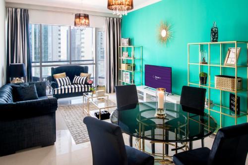 Dream Inn Apartments   Bay Central