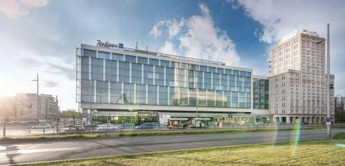 Radisson Blu Hotel Leipzig, Augustusplatz 5-6, 04109 Leipzig, Germany.