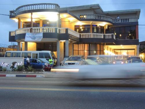 Фото отеля Bella Casa Hotel