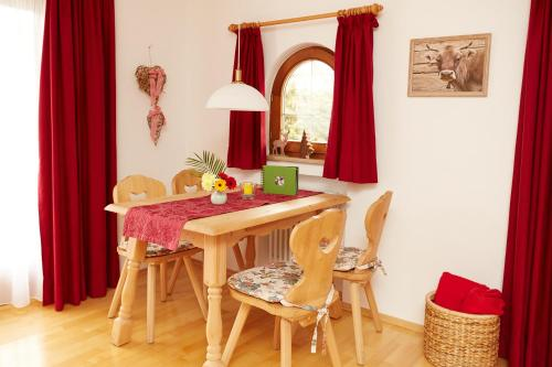 Ferienwohnung Röck Apartment mit 1 Schlafzimmer