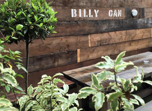 Billycan picture 1 of 34