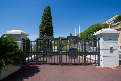 Luxury Apartment Palais Maeterlinck