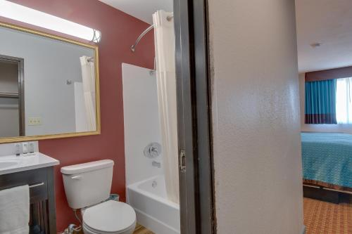Vagabond Inn Executive Hayward - Hayward, CA 94541
