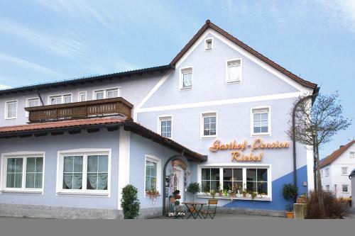 . Hotel Gasthof Pension Riebel