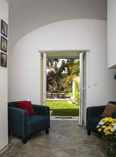 54 Santa Catarina Apartments - image 4
