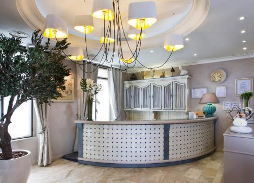 Hotel Daumesnil-Vincennes - Hôtel - Vincennes