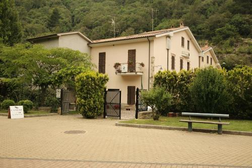 Il Casolare della Cascata Фотография 3