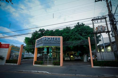 . Bandeirantes Hotel