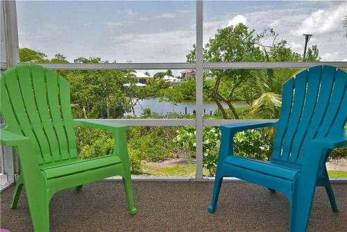 Mystic Dolphin 1 - Fort Myers Beach, FL 33931