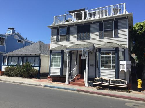 . Catalina Island Seacrest Inn
