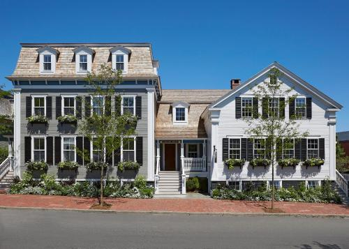 17 Broad Street, Nantucket, Massachusetts 02554, United States.