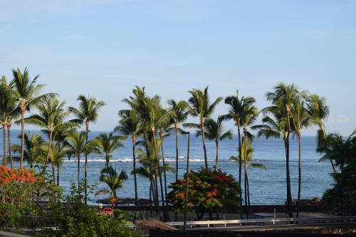 Ocean View Condo At Kahalu'u Beach On Kona Coast - Kailua Kona, HI 96740