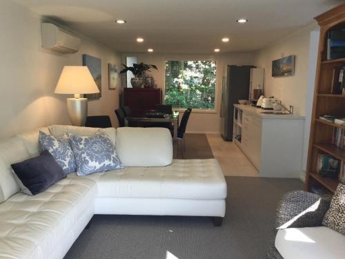 Sunny Glen Cottage - Waikanae