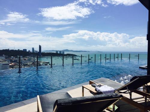 Pattaya Beach Sea View Rooftop Pool Resort Pattaya Beach Sea View Rooftop Pool Resort