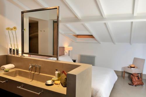 Habitación Doble - 2 camas Palacio Carvajal Girón 13