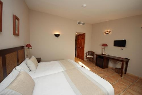 Habitación Doble Superior - 1 o 2 camas - Uso individual Hotel Château Viñasoro 39