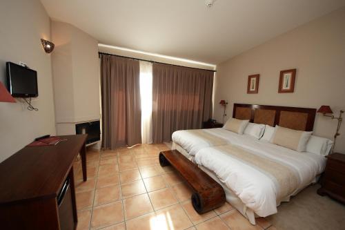 Habitación Doble Superior - 1 o 2 camas - Uso individual Hotel Château Viñasoro 14